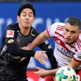 Hamburger Sport-Verein løb forgæves storm mod Mainz-målet og måtte igen gå fra banen uden scoringer. Reuters/Fabian Bimmer