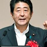 Japans regering vil understøtte landets økonomi med en ny hjælpepakke.