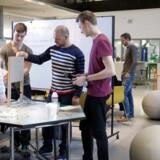 Rambøll har lavet en analyse for Engineer the Future, der viser, at ingeniører skaber mange virksomheder. Ingeniørstuderende laver eksamensopgave i gruppe.