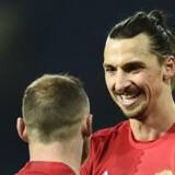 Zlatan Ibrahimovic scorede lørdag to gange i Manchester Uniteds 2-0-sejr over West Bromwich. Dermed er svenskeren oppe på 11 ligascoringer i 16 kampe. Scanpix/Oli Scarff