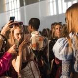 En video, som Copenhagen Fashion Week selv har lagt på Youtube, har ført til kritik af arrangementet.