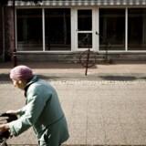 Yderkommunerne slås blandt andet med butiksdød og en aldrende befolkning. Her Stubbekøbing på Falster.