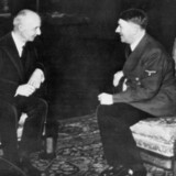 Stats- og Udenrigsminister Erik Scavenius og Adolf Hitler i samtale i 1941 i forbindelse m. underskrivelsen af Anti-Komintern aftalen. ; Denmark during the German occupation 1940-1945 ); The Danish prime minister and the German leader Adolf Hitler during a conversation in connection with signing the anti Comintern agreement.;