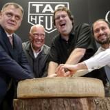 Google, Intel og TAG Heuer slår sig sammen om at få en bid af smartwatch-kagen. Eller måske rettere osten.