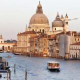 Aller har opkøbt aktiemajoriteten i Kulturrejser Europa, der blandt andet sender ferieglade danskere på krydstogter til byer som Venedig.