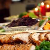 Flæskesteg, rødkål og varm leverpostej: Vi laver alt for meget mad til jul - og så bliver enorme mængder af rester smidt ud. Arkivfoto: Mogens Flindt