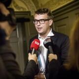 Arkivfoto. Troels Lund Poulsen, Venstre, bliver efter alt at dømme tildelt en næse tirsdag.