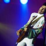 Torsdag blev endnu et navn føjet til listen over store afdøde musikere, da popikonet Prince blev fundet død i elevatoren ved sit hjem. Prince blev 57 år.