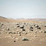 Atacamaørkenen i Sydamerika er et af verdens tøreste steder. Men det er velegnet til solceller, hvilket to danske pensionskasser nu investerer i.