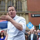 Den britiske premierminister, David Cameron, holder tale ved Birmingham University, hvor han opfordrer briterne til at stemme »Remain« til spørgsmålet om at blive eller forlade EU. Briterne skal stemme d. 23. juni 2016. EPA/FACUNDO ARRIZABALAGA