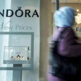 Salget af Pandora-smykker sker med høj hastighed - men i Rusland er alt ikke så lyserødt endda.