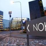 Nokia er hårdt presset af faldende salg og vil nu sende folk hjem fra den eneste tilbageværende fabrik i Finland til næste år. Foto: Scanpix