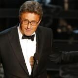 Polske Pawel Pawlikowski modtog i nat en Oscar for filmen »Ida«, der har danske producenter.