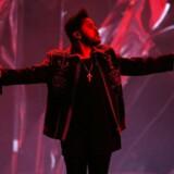 "The Weeknd har hittet med ""Can't Feel My Face"", ""The Hills"" og ""Earned I"". Scanpix/Martin Bureau"