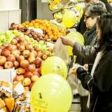 Netto lader ikke Coop løbe med kunderne. De tager kampen op på økologiske varer.