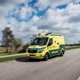 To unge mistede livet, da en bil kørte galt under et rallyløb i september. En bilinspektør konkluderer i sin rapport, at bilen kørte galt på grund af en punktering. Free/Pressefoto, Falck/arkiv