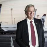 Norwegians adm. direktør Bjørn Kjos fortæller i sin nye selvbiografi, hvordan det lykkedes flyselskabet at spille Boeing og Airbus ud mod hinanden.
