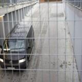 Sam Mansour ankommer onsdag i den sorte fangetransportvogn til Retten på Frederiksberg.