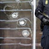 Arkivfoto: Politiet der holder vagt foran Krudttønden d. 16. februar efter terrorangrebet på Østerbro i København d.14. februar.