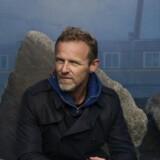 Jo Nesbø har sat sin mørke roman om politimanden Macbeth i en fiktiv, forblæst by i 1970erne.