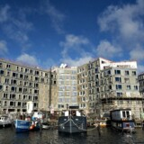 Sydhavnen i København går et stærkt stigende indbyggertal i de nybyggede boligområder, Teglholmen og Sluseholmen, i møde: Fra 6.000 i dag til over 21.000 i 2030, anslår Københavns Kommune. Så nu rykker også folkekirken ind.