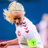 Pernille Harder og resten af det danske landshold kan endnu ikke føle sig sikre i forhold til sagen om landsholdets udeblivelse fra VM-kvalifikationskampen mod Sverige. Scanpix/Kent Horner