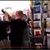Voldeligt overgreb eller nødværge? En video fra den lille by Arndsdorf tolkes vidt og bredt i Tyskland.