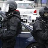 Franske elitebetjente har arbejdet intenst på at sikre borgernes sikkerhed efter terrorangrebet 13. november, hvor 130 personer blev dræbt ved angreb forskellige steder i den franske hovedstad, Paris.