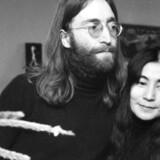 John Lennon og Yoko Ono fotograferet i januar 1970 i Skyum Bjerge i Thy.
