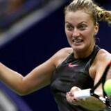 Petra Kvitova bliver modstanderen for Caroline Wozniacki i tredje runde i WTA-turneringen China Open i Beijing.