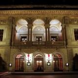 Skiftedag på Kongens Nytorv. Kulturminster Bertel Haarder (V) har udnævnt en ny bestyrelse for Det Kongelige Teater.