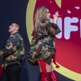 From Paris to Berlin er et af de kæmpe hit, som duoen Infernal fik publikum til at danse med på fredag aften på Smukfests Stjernescene.