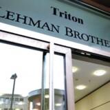 Syv år, tre måneder og én dag efter den amerikanske bank Lehman Brothers gik konkurs, slutter finanskrisen.