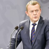 Statsminister Lars Løkke Rasmussen kommenterer den aktuelle flygtningesituation i Danmark og Europa på et pressemøde.