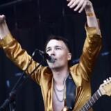 Tidlige Armbånd på Rising-scenen, tirsdag 1. juli 2014.