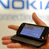 Nokias nyeste mobiltelefoncomputer, N97, kommer først på markedet i første halvår 2009. Den finske mobilgigant mister markedsandele. Foto: Stan Honda, AFP/Scanpix