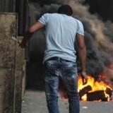 I skæret af de genantændte gadekampe i Cairo synes egypternes vej mod demokrati at ende blindt. Myndighedernes »krig mod terror« er måske slet ikke så langt væk fra begivenhederne i Syrien, som mange drømmer om.