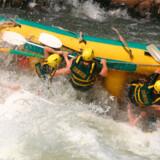 De fleste rejseforsikringer dækker ulykker i forbindelse med river rafting. Alm. Brand dækker dog ikke ekstrem rafting.