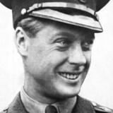 En ung Edward, mens han endnu var prins af Wales. Senere blev han konge under navnet Kong Edward VIII af England. Mindre end et år efter sin kroning abdicerede han på grund af sit kærlighedsforhold til den fraskilte amerikanske kvinde Wallis Simpson, og blev Edward, Hertugen af Windsor. Udateret arkivfoto ca. 1930.