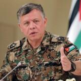 I dele af Mellemøsten betragtes Jordans indsats mod Islamisk Stat som mere værdifuld end USAs, efter at landets konge, Abdullah II, har iført sig sin uniform og er begyndt at bombe den frygtede terrororganisations stillinger dybt inde i Syrien i det, som den Oxford-uddannede scuba-dykker, faldskærmsudspringer og helikopterpilot kalder »en krig, som Jordan ikke har råd til at tabe«.