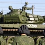 En direkte militær udfordring af NATO er uønsket set fra Moskva, siger Danmarks ambassadør i Rusland. Det er flere danske politikere ikke enige i. Foto: Yannis Behrakis
