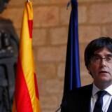 Carles Puigdemont holder sin tale for parlamentet i Barcelona torsdag eftermiddag.