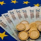 Euro er på hælene mandag morgen, efter at de tyske regeringsforhandlinger er brudt sammen.
