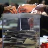 Opinionsmålinger tyder på, at der kan blive næsten dødt løb mellem separatister og unionister ved valget, hvor over 5,3 millioner stemmeret.