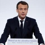 Frankrigs præsident Emmanuel Macron kræver våbenhvile i Ghouta i Syrien, efter flere hundrede mennesker er blevet dræbt de seneste dage.