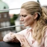 Zenia Stampe om den gode tone og sprogbrug på sociale medier.