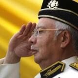 Najib Razaks parti har været ved magten uafbrudt, siden det britiske styre i landet ophørte tilbage i 1957. Men den verserende sag har skabt stor splittelse internt.