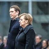 BMINTERN - epa06446407 Austrian Chancellor Sebastian Kurz (L) and German Chancellor Angela Merkel (R) stand side by side during a reception with military honors at the Chancellery in Berlin, Germany, 17 January 2018. EPA/TILL RIMMELE