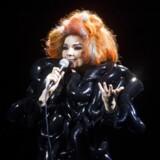 Arkivfoto. Lars von Trier nægter at have sexchikaneret sangerinden Björk, der fremlægger nye detaljerede anklager.
