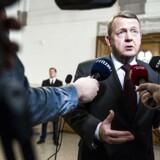 Statsminister Lars Løkke Rasmussen svarer på spørgsmål fra pressen.